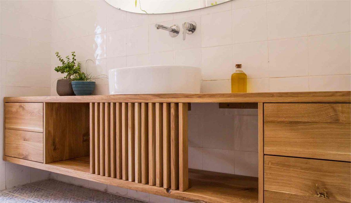 ארונות אמבטיה מעץ מלא